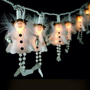 Lichterkette mit Engel